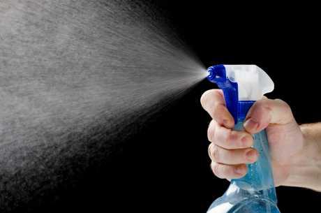 Spray med melk mot bladlus