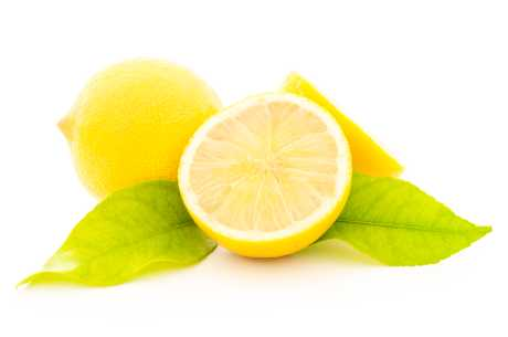Sitronsaft mot fregner