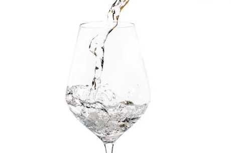 Vann mot hodepine